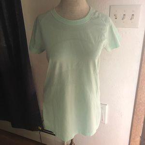 Lululemon shirt size 10 Mint green